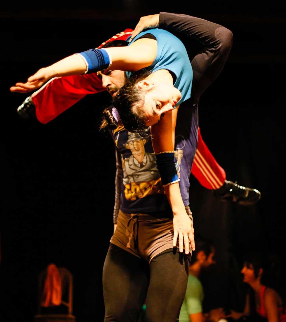 Taller de Contact Improvisación: La danza para todos los cuerpos